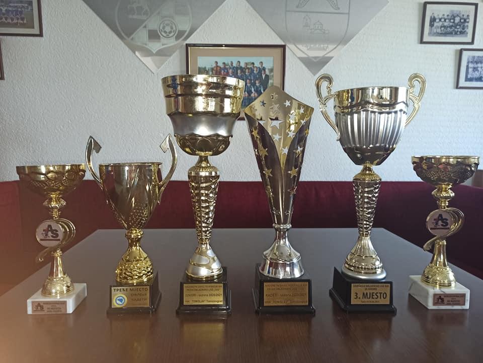 sest-trofeja-ove-sezone-